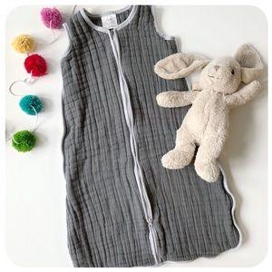 {{ Halo }} Gray SleepSack Muslin Wearable Blanket